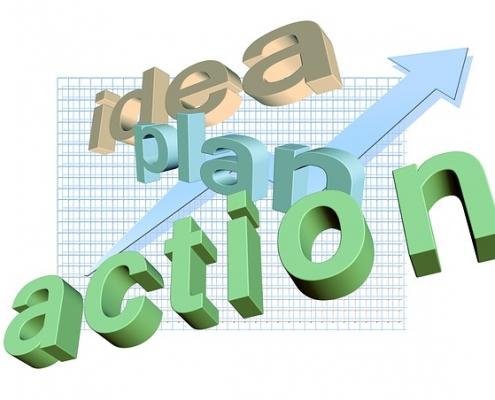 Pfeil mit Schriftzug Idea plan Action