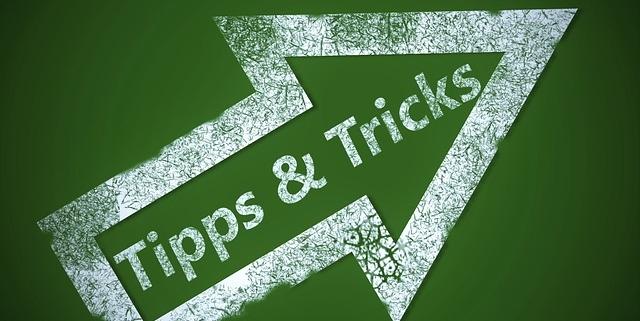 Pfeil mit Tipps und Tricks auf einer grünen Tafel, Buchtipps